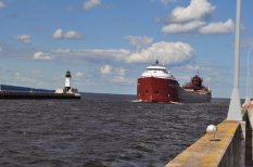 Ore carrier entering Duluth