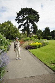 20140709024 Kew Gardens