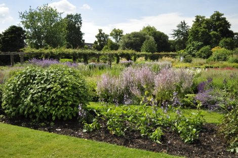 20140709044 Kew Gardens
