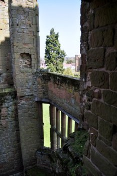 20150421 098 Kenilworth Castle