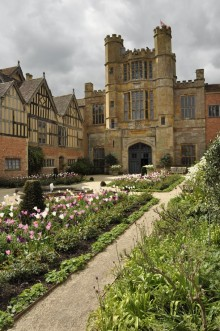 20170429 063 Coughton Court