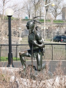 Statue in Major's Hill Park