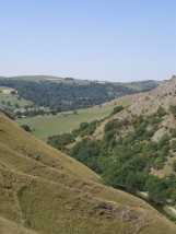The view south beyond the entrance to dDovedale.