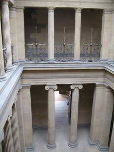 Source: Mike Quinn / Belsay Hall - Pillar Hall / CC BY-SA 2.0 on Wikipedia